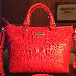 EUC 🌺 BRAHMIN Bright Coral Patent Leather Tote!